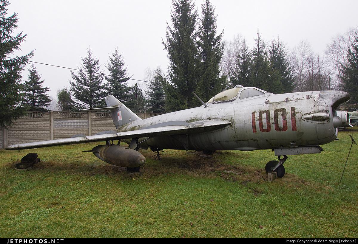 1001 - Mikoyan-Gurevich MiG-17PF Fresco D - Poland - Air Force