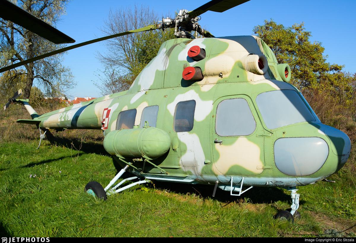 2215 - PZL-Swidnik Mi-2 Hoplite - Poland - Army