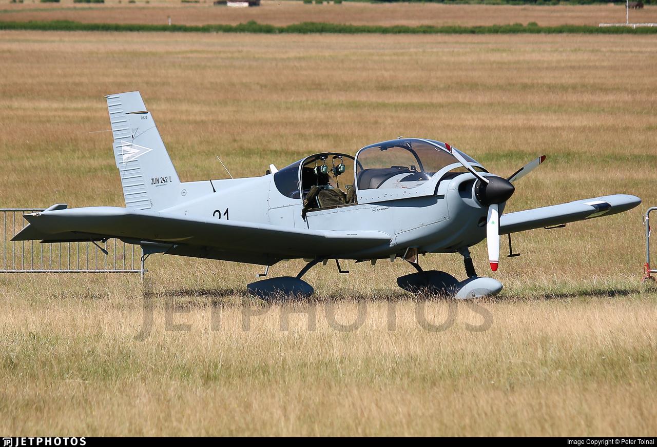 21 - Zlin Z-242L - Hungary - Air Force