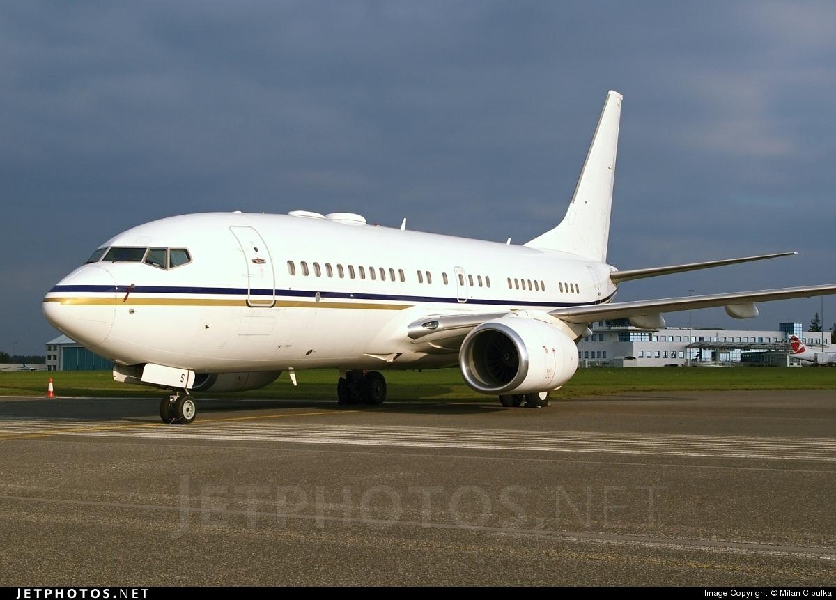 A6-DAS - Boeing 737-7Z5(BBJ) - Royal Jet
