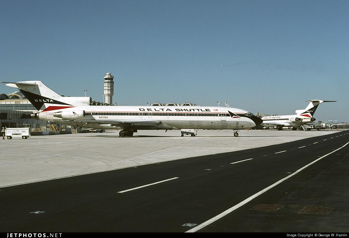 N413DA - Boeing 727-232(Adv) - Delta Shuttle