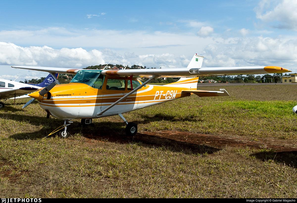 PT-CSW - Cessna R172K Hawk XP - Aeroclube de Juiz de Fora