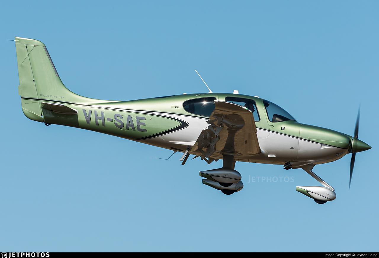 VH-SAE - Cirrus SR22T-GTS Platinum - Private