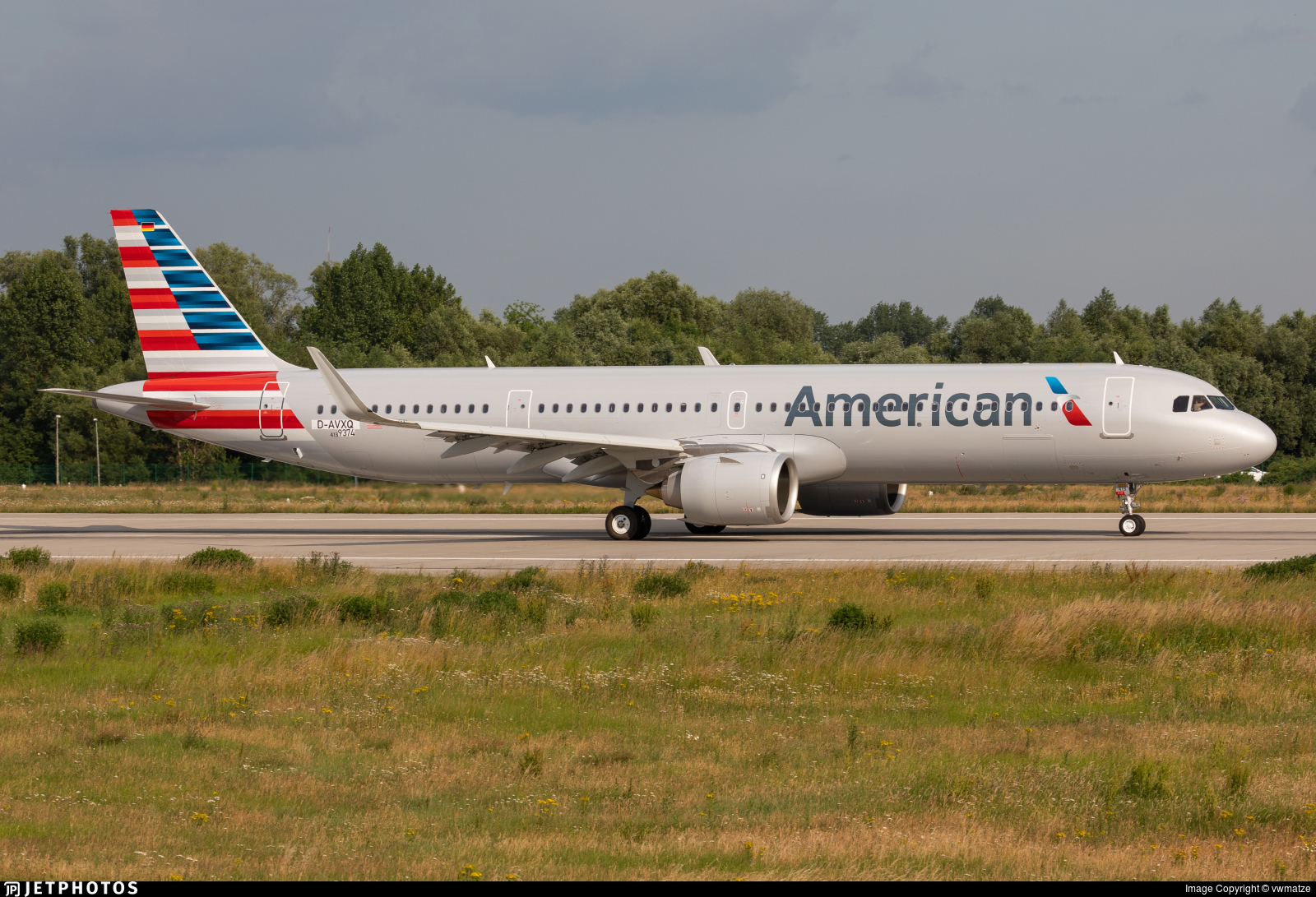 D-AVXQ - Airbus A321-253NX - American Airlines