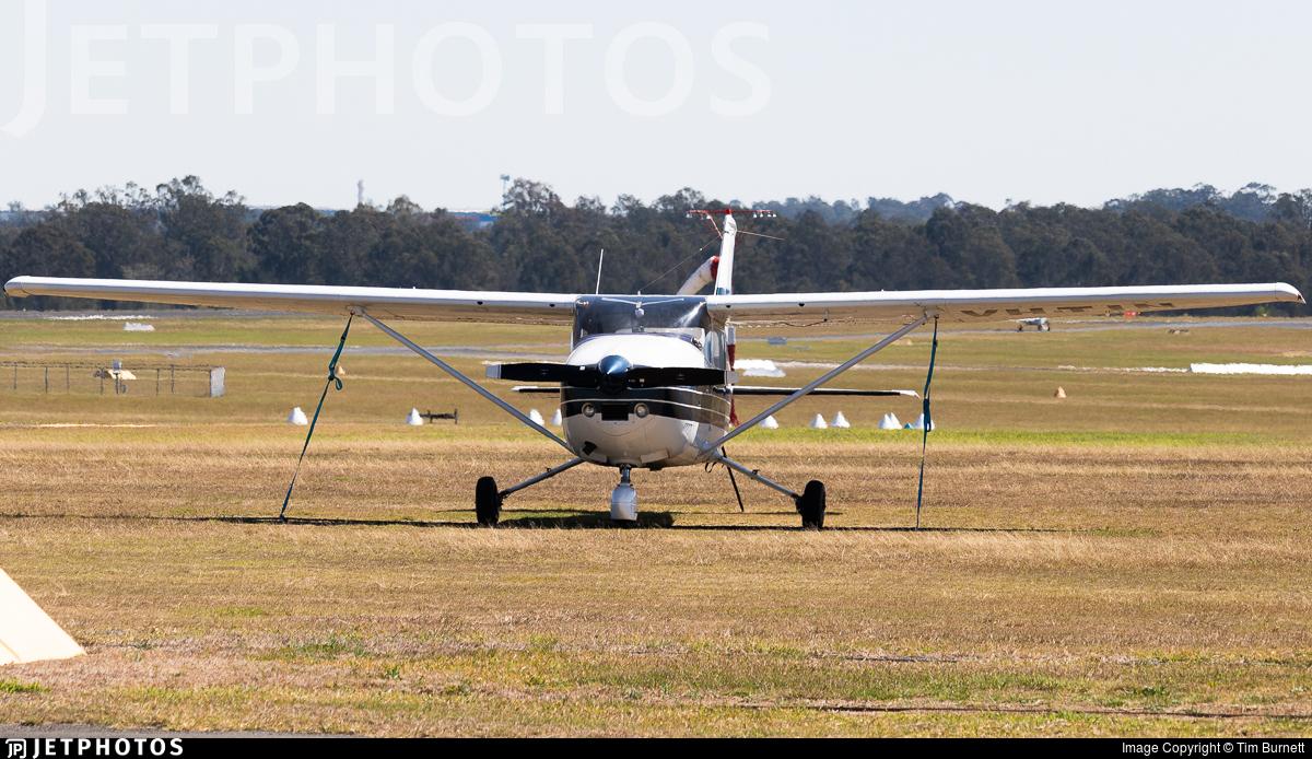 VH-TIN - Cessna 182P Skylane - Private