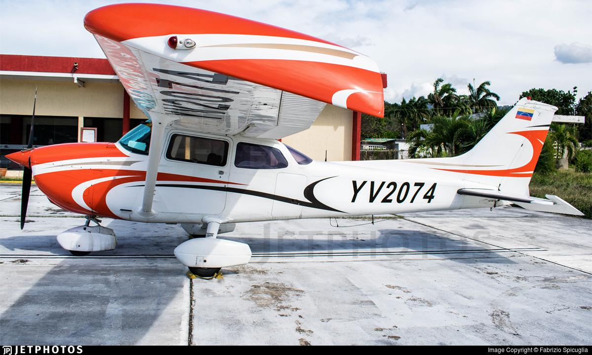 YV2074 - Cessna 172N Skyhawk II - Private