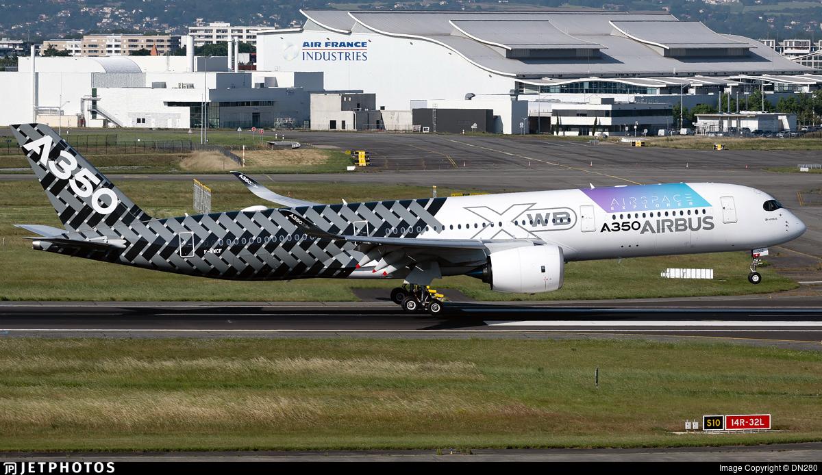 F-WWCF - Airbus A350-941 - Airbus Industrie