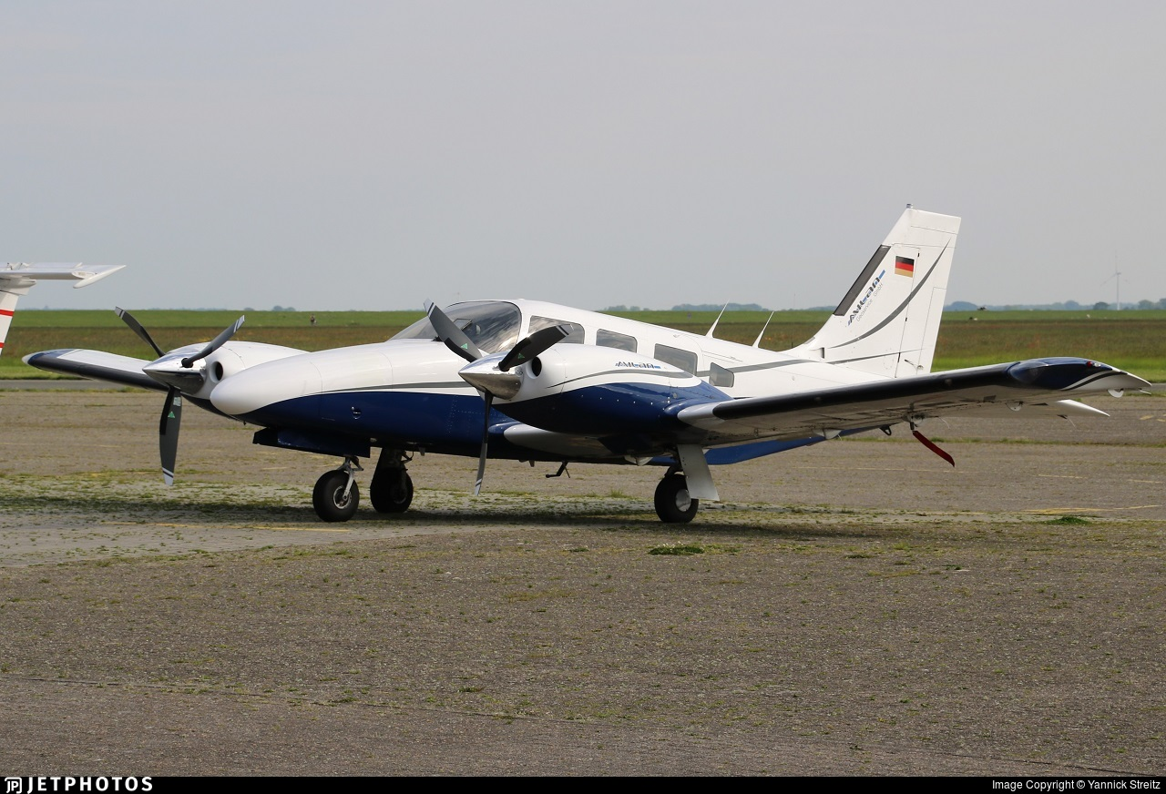 D-IGFK - Piper PA-34-200 Seneca - Milan Geoservice