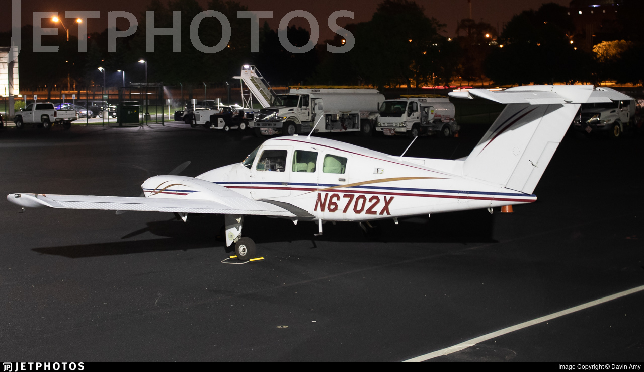 N6702X - Beechcraft 76 Duchess - Private