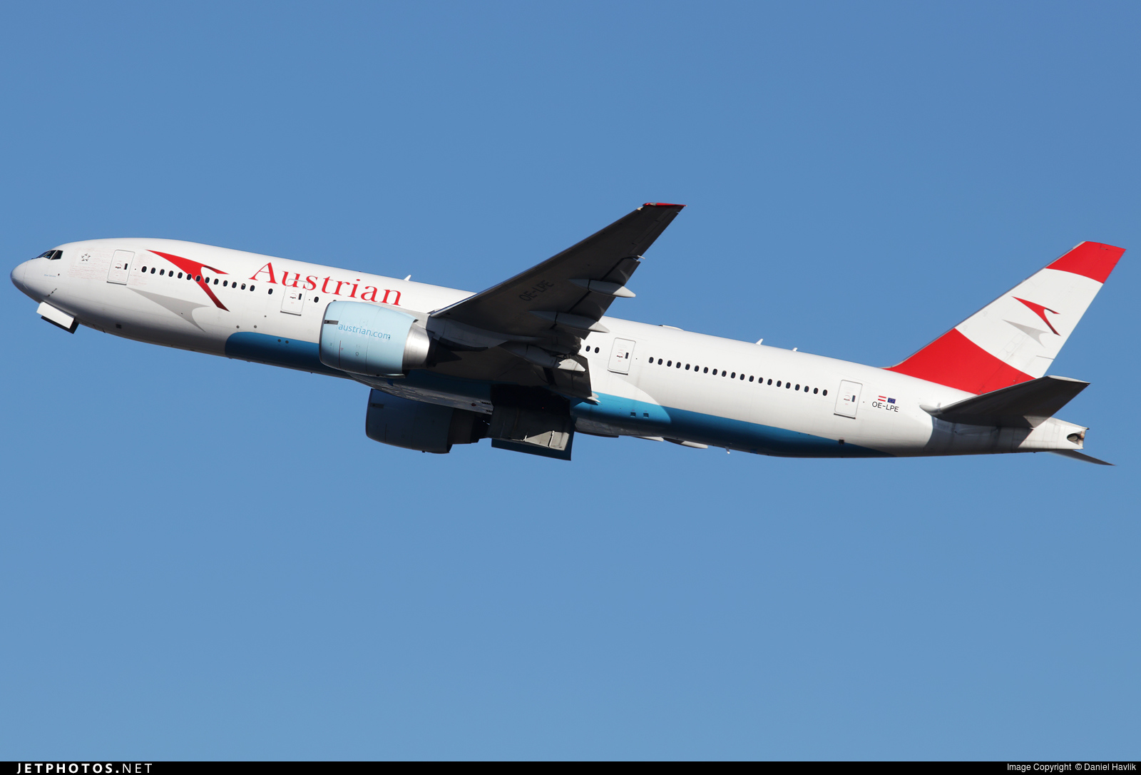 OE-LPE - Boeing 777-2Q8(ER) - Austrian Airlines