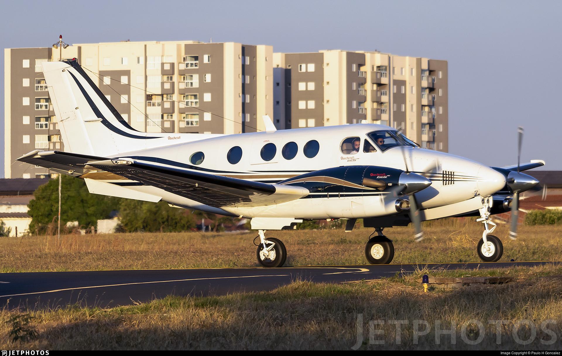 PR-XIB - Beechcraft C90A King Air - Private