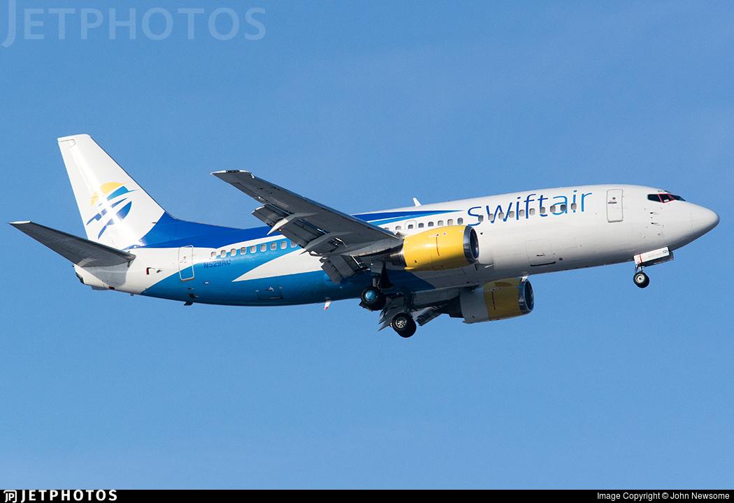 N529AU - Boeing 737-3B7 - Swift Air