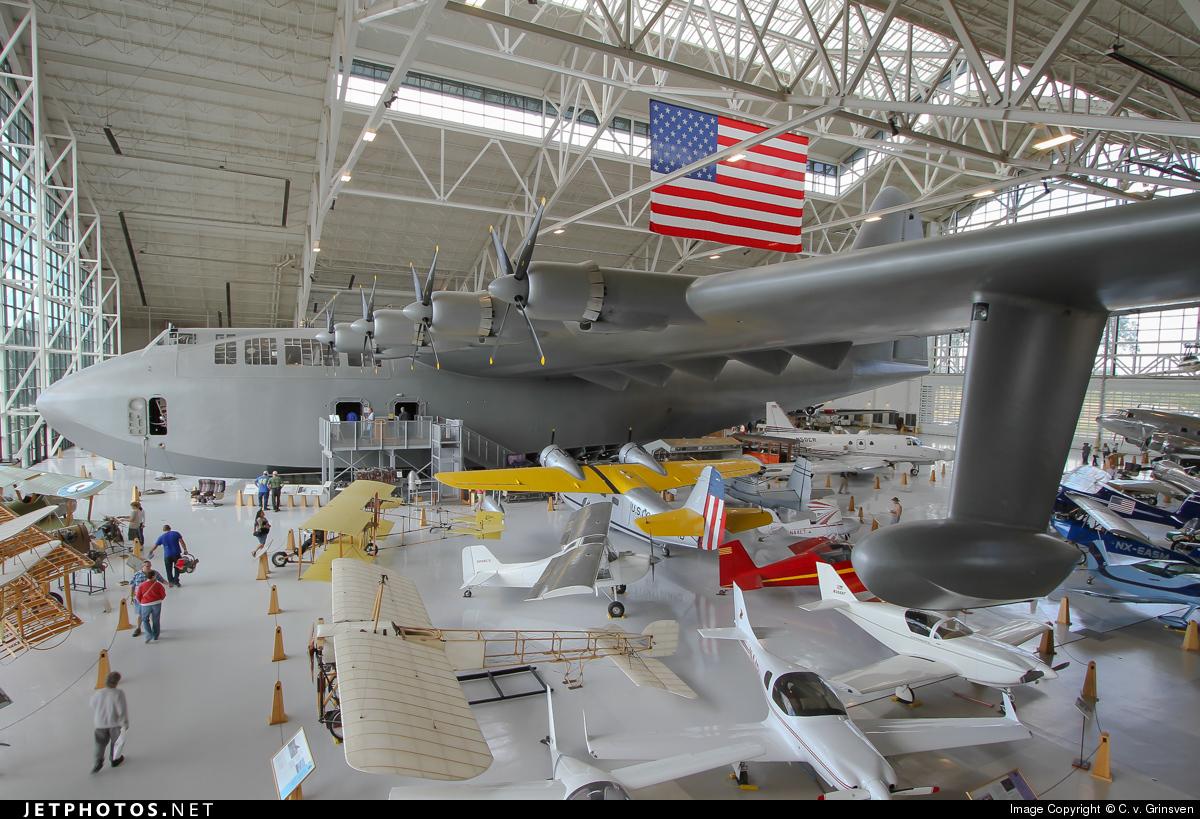N37602 - Hughes H-4 Hercules - Private