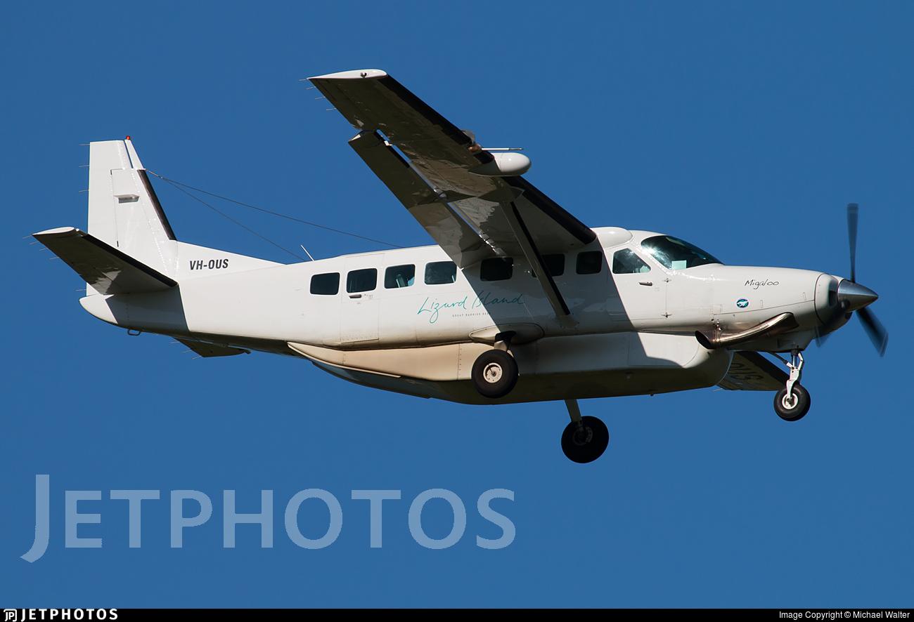 VH-OUS - Cessna 208B Grand Caravan - Townsville Airlines