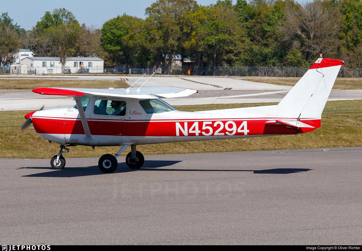 N45294 - Cessna 150M - Private