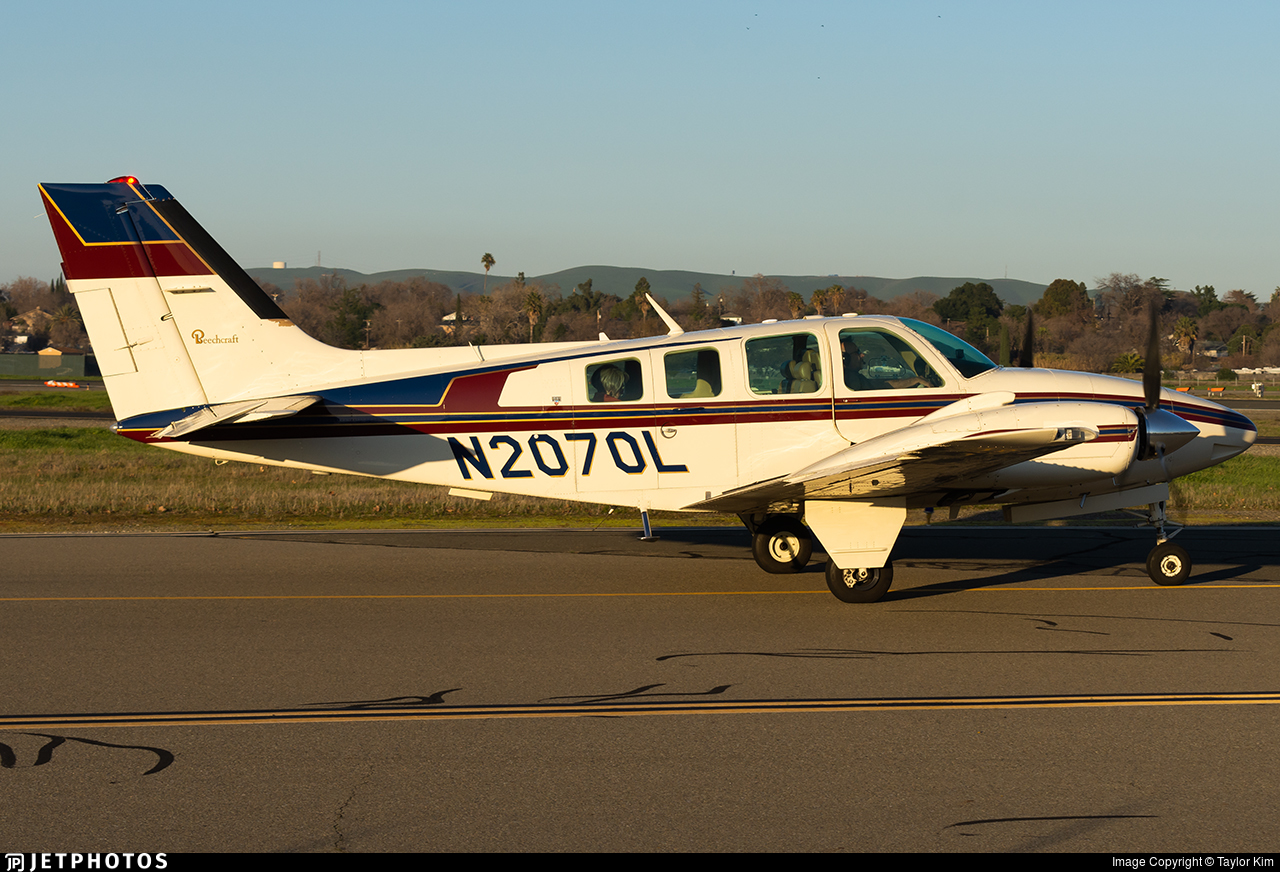 N2070L - Beechcraft 58 Baron - Private