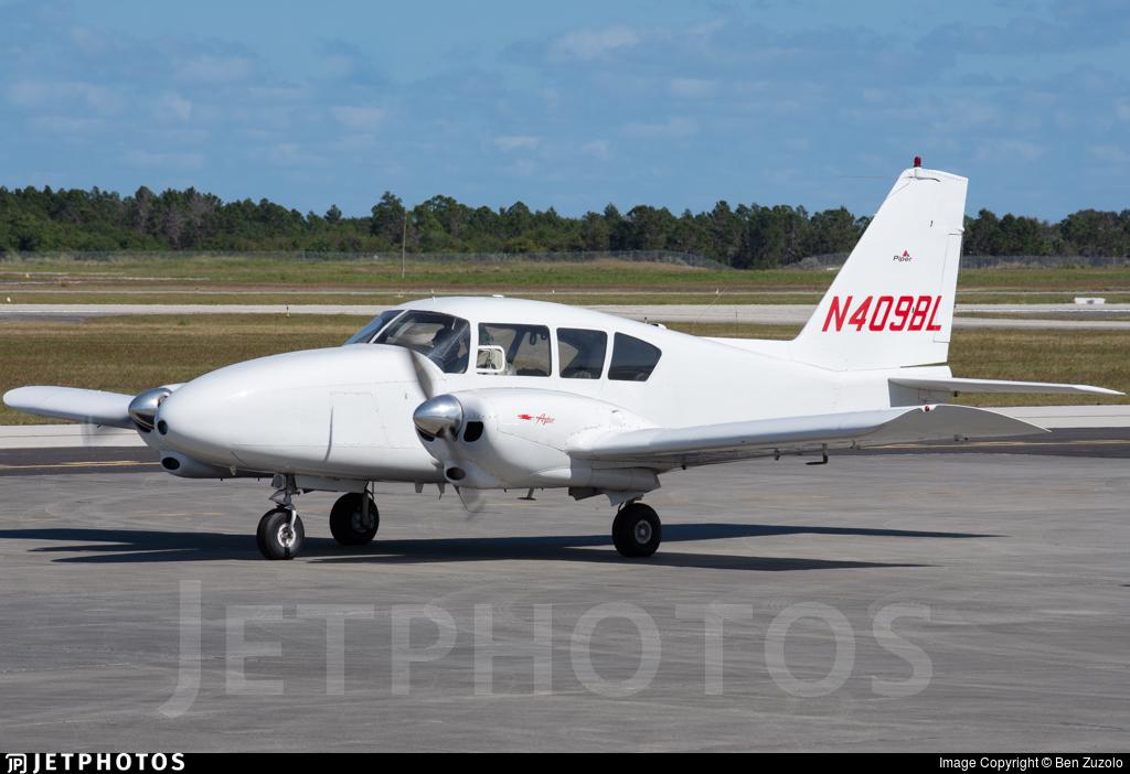 N409BL - Piper PA-23-250 Aztec - Private