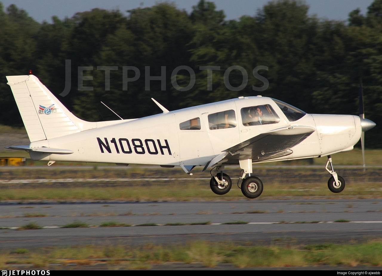 N1080H - Piper PA-28-151 Cherokee Warrior - ALL2FLY Aviation Academy