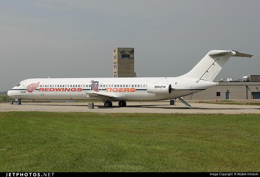 N682PW - McDonnell Douglas DC-9-51 - Olympia Aviation