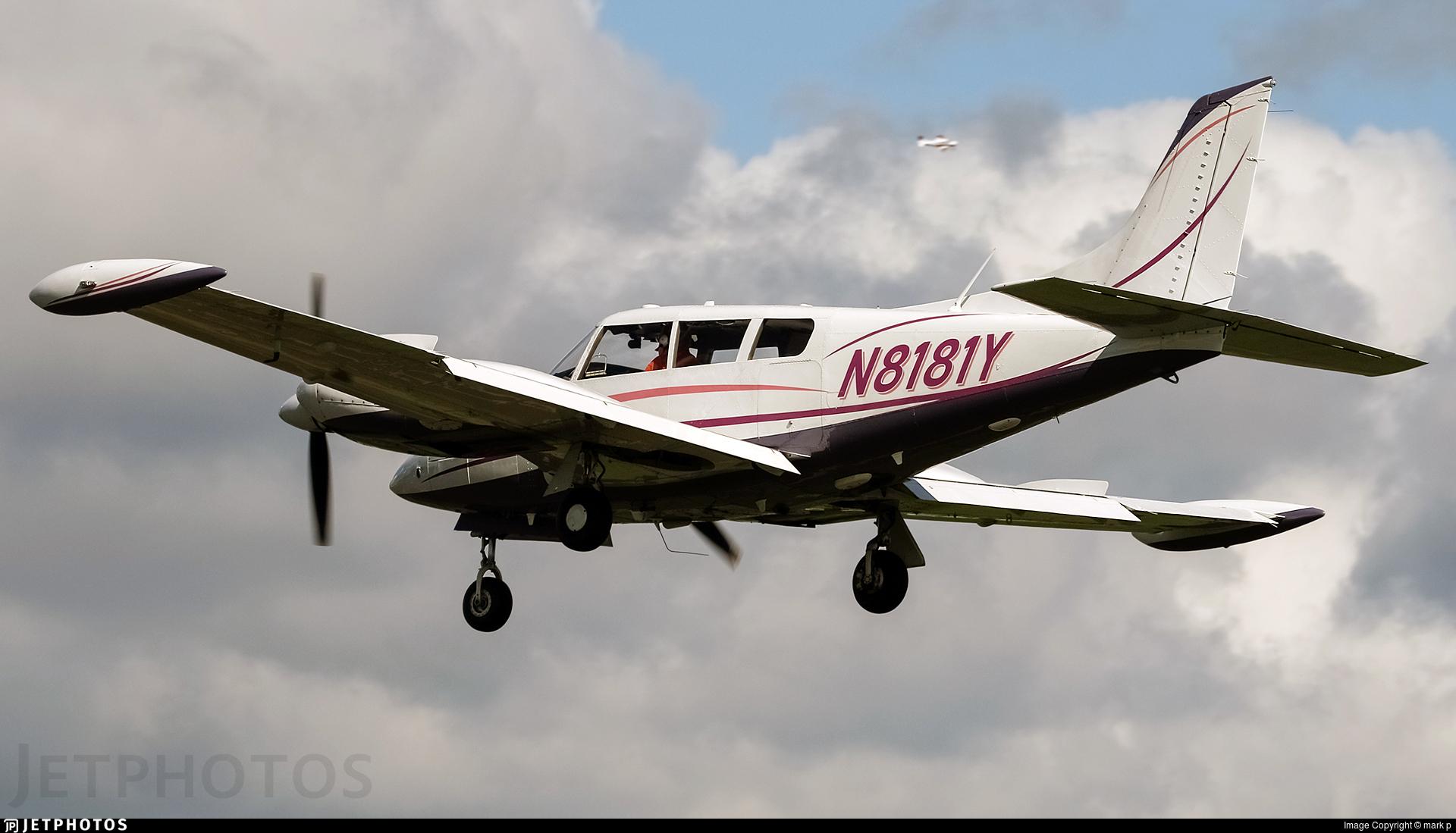 N8181Y - Piper PA-30-160 Twin Comanche B - Private