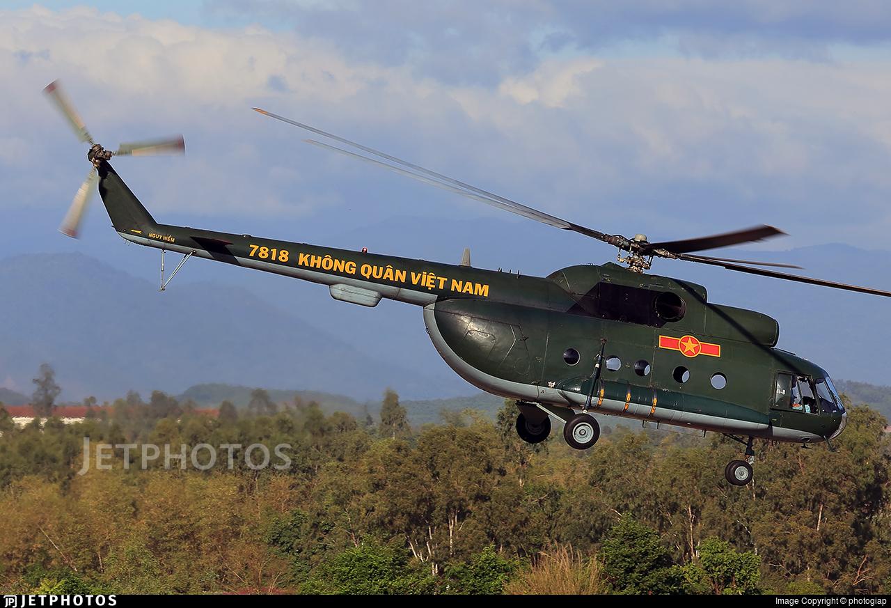 7818 - Mil Mi-8 Hip - Vietnam - Air Force