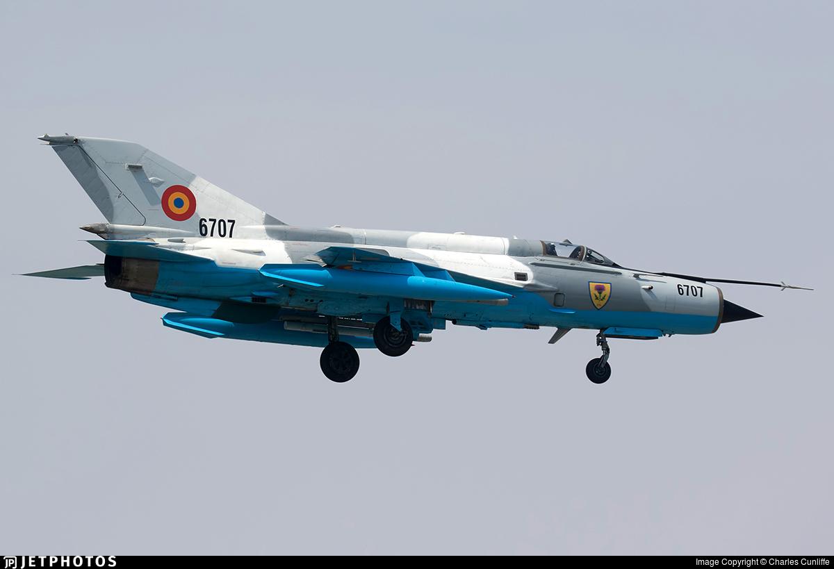 6707 - Mikoyan-Gurevich MiG-21MF Lancer C - Romania - Air Force