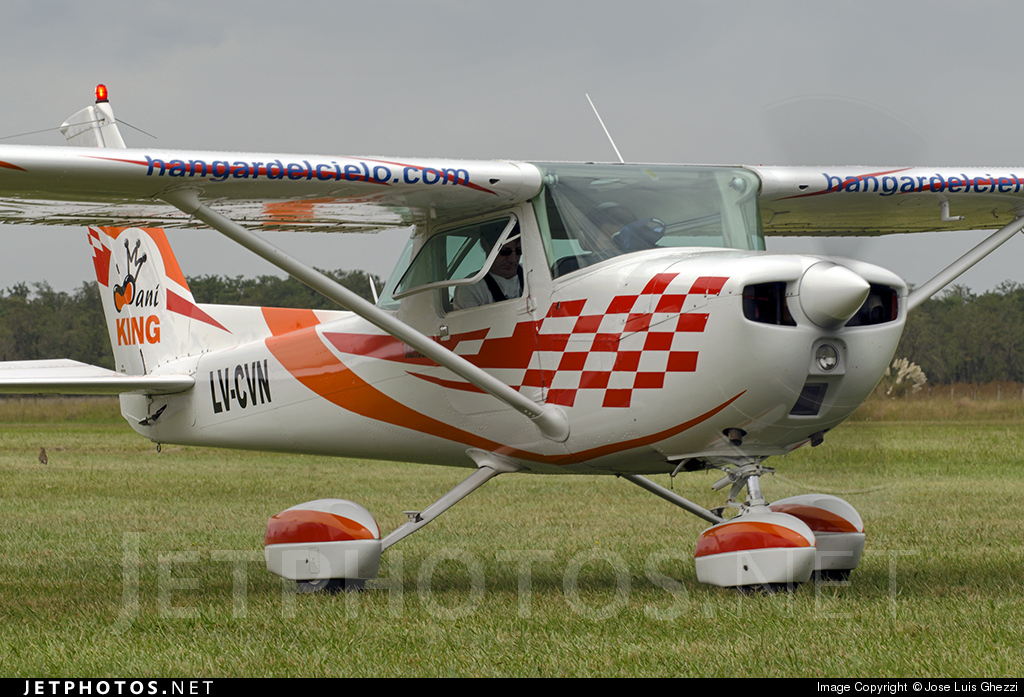 LV-CVN - Cessna A150M Aerobat - Private