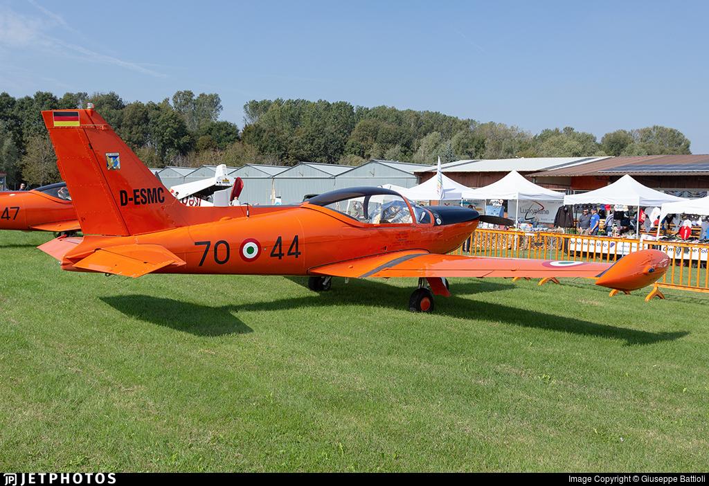 D-ESMC - SIAI-Marchetti SF260AM - Private