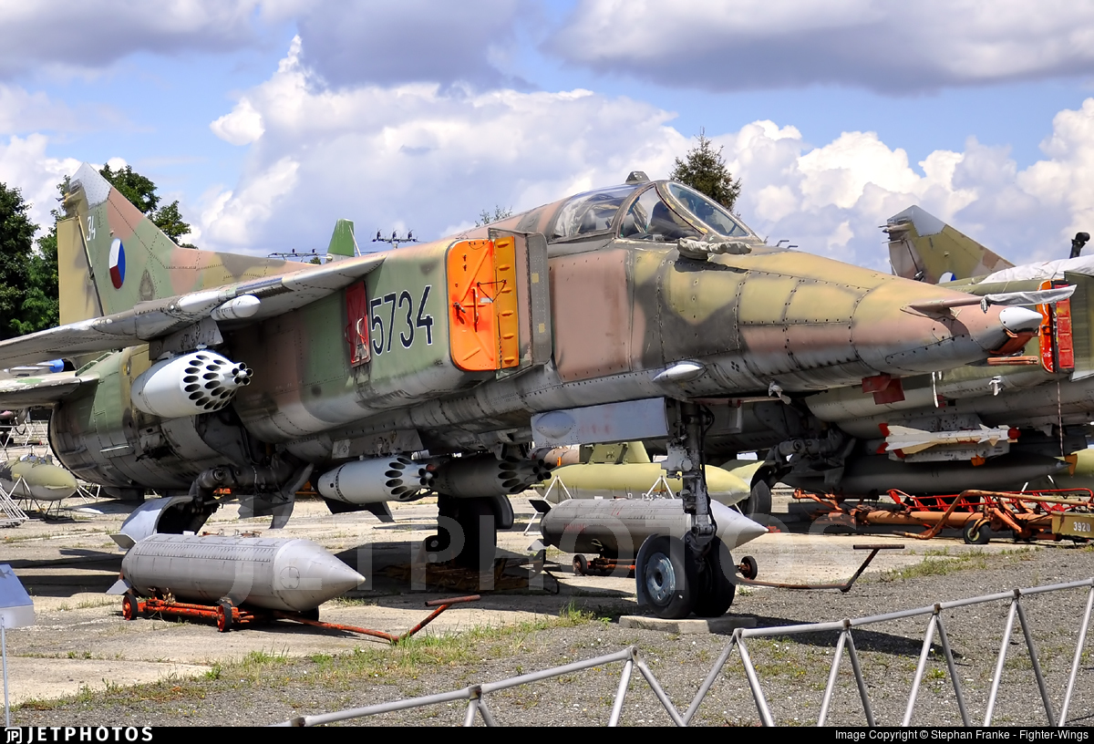 5734 - Mikoyan-Gurevich MiG-23BN Flogger H - Czech Republic - Air Force