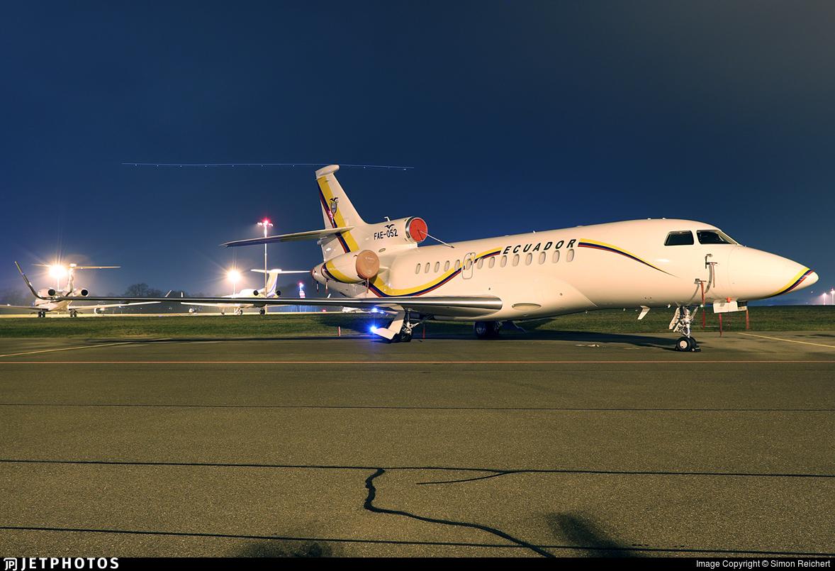 FAE-052 - Dassault Falcon 7X - Ecuador - Air Force