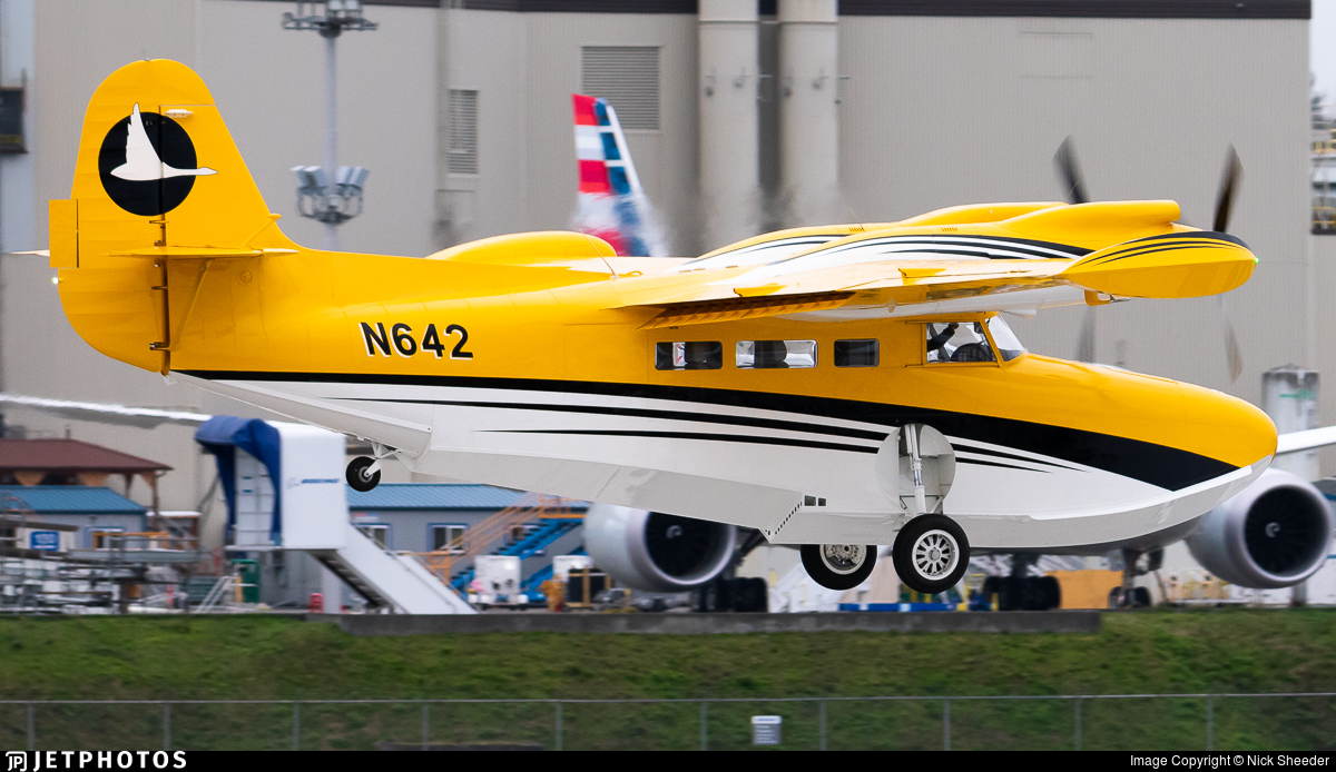 N642 - Mckinnon G-21C - Private