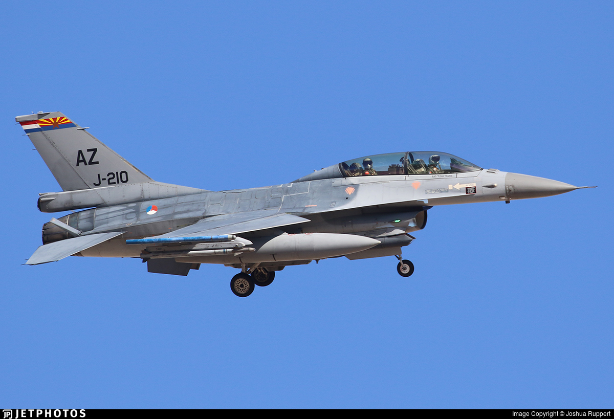 J-210 - General Dynamics F-16BM Fighting Falcon - Netherlands - Royal Air Force