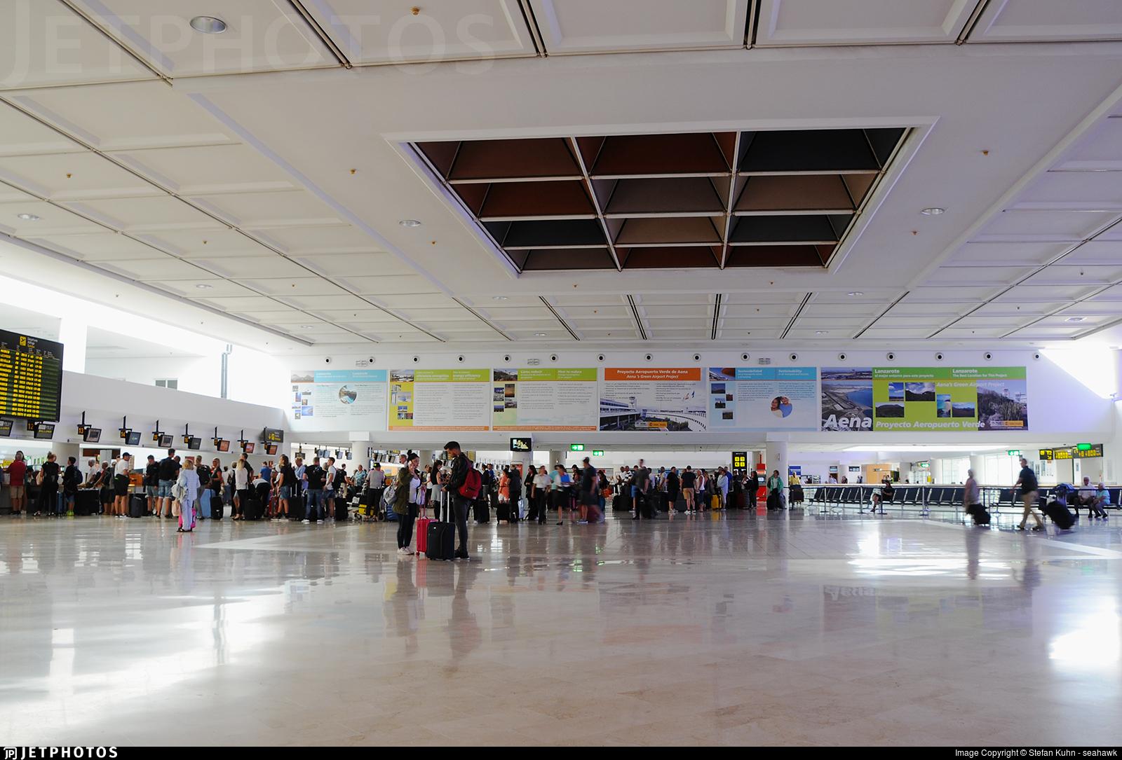 GCRR - Airport - Terminal