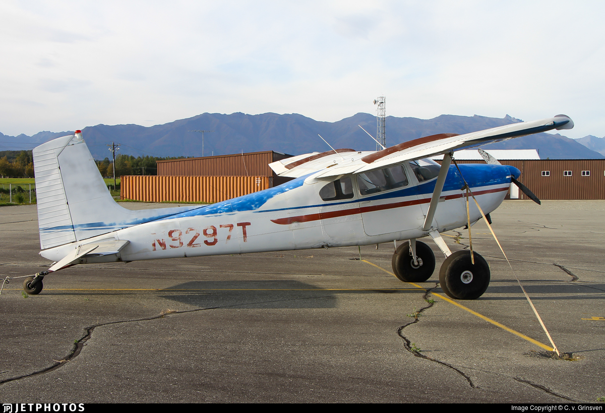 N9297T - Cessna 180C Skywagon - Private