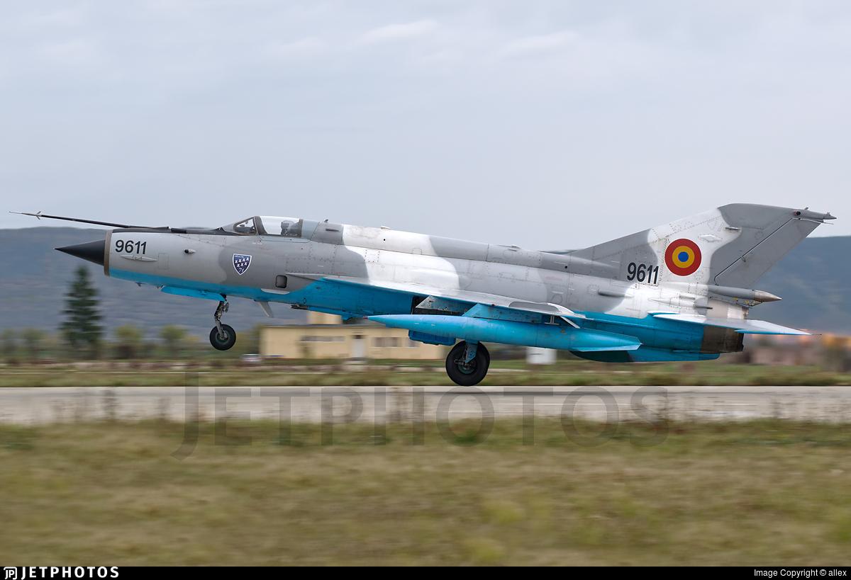 9611 - Mikoyan-Gurevich MiG-21MF Lancer C - Romania - Air Force
