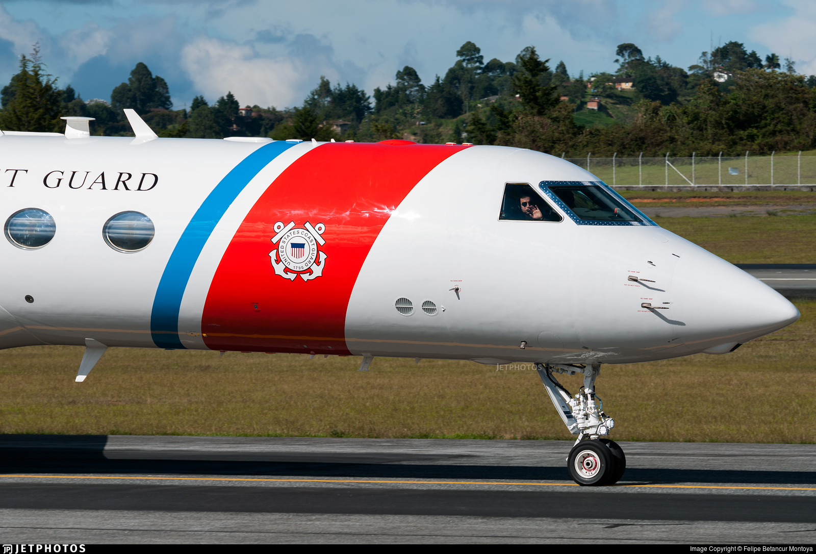 01 - Gulfstream C-37A - United States - US Coast Guard (USCG)