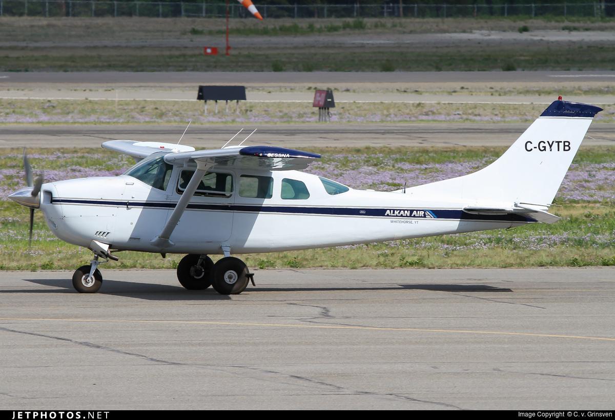 C-GYTB - Cessna U206G Stationair 6 - Private