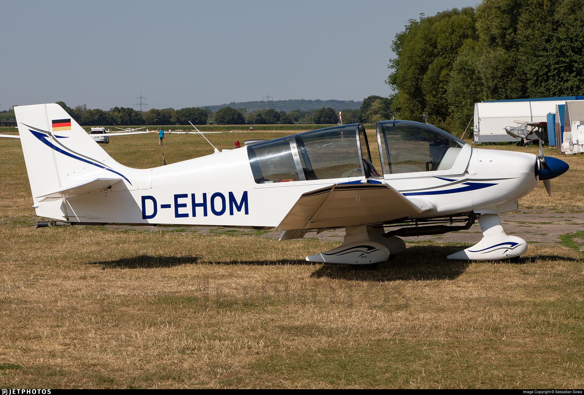 D-EHOM - Robin DR400/180R Remorqueur - Aero-Club Gelnhausen
