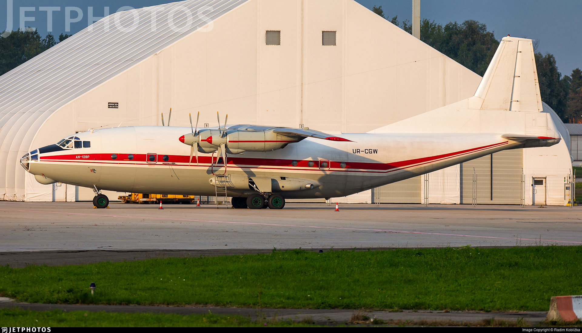 UR-CGW - Antonov An-12BP - Meridian Aviation