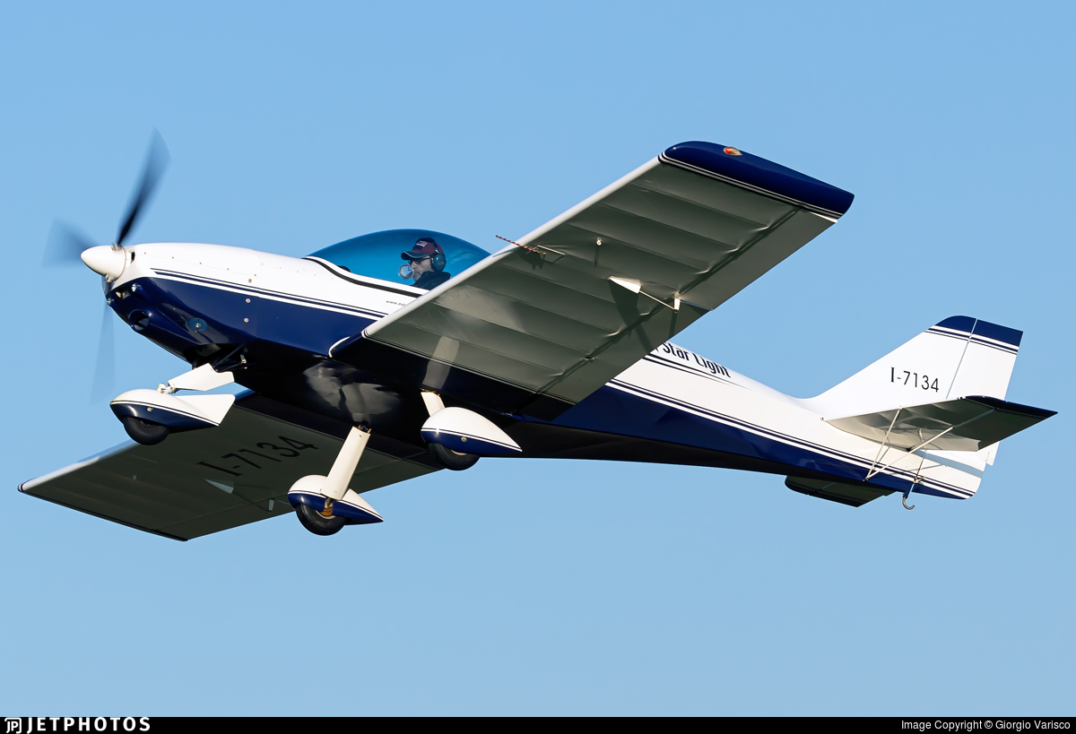 I-7134 - Eurofly FB5 Star Light - Private