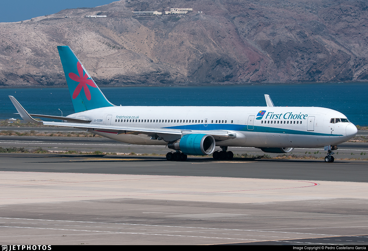 G-OOBM - Boeing 767-324(ER) - Thomson Airways