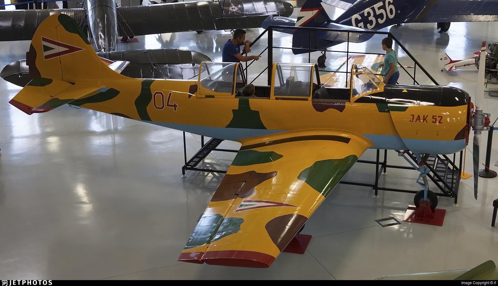 04 - Yakovlev Yak-52 - Hungary - Air Force