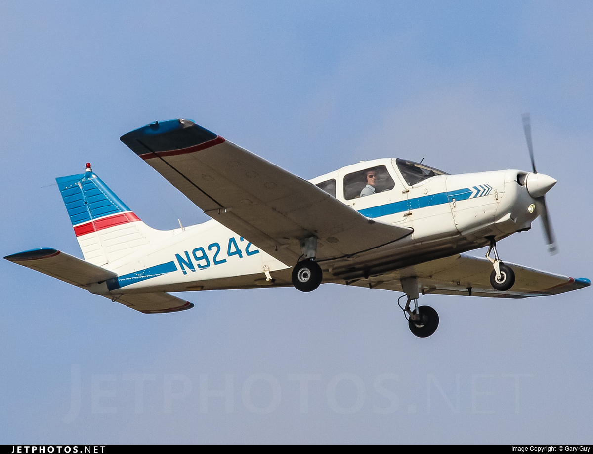N92429 - Piper PA-28-161 Cadet - Flight Safety International
