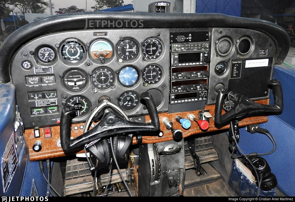 LV-JUG - Cessna 172RG Cutlass RG - Private