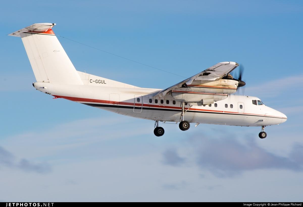 C-GGUL - De Havilland Canada DHC-7-102 Dash 7 - Voyageur Airways