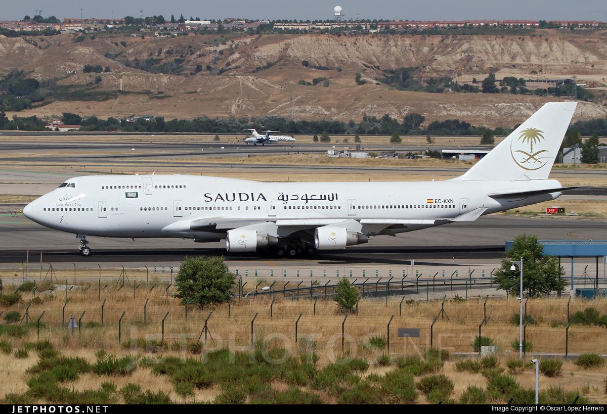 EC-KXN - Boeing 747-4H6 - Saudi Arabian Airlines (Pullmantur Air)