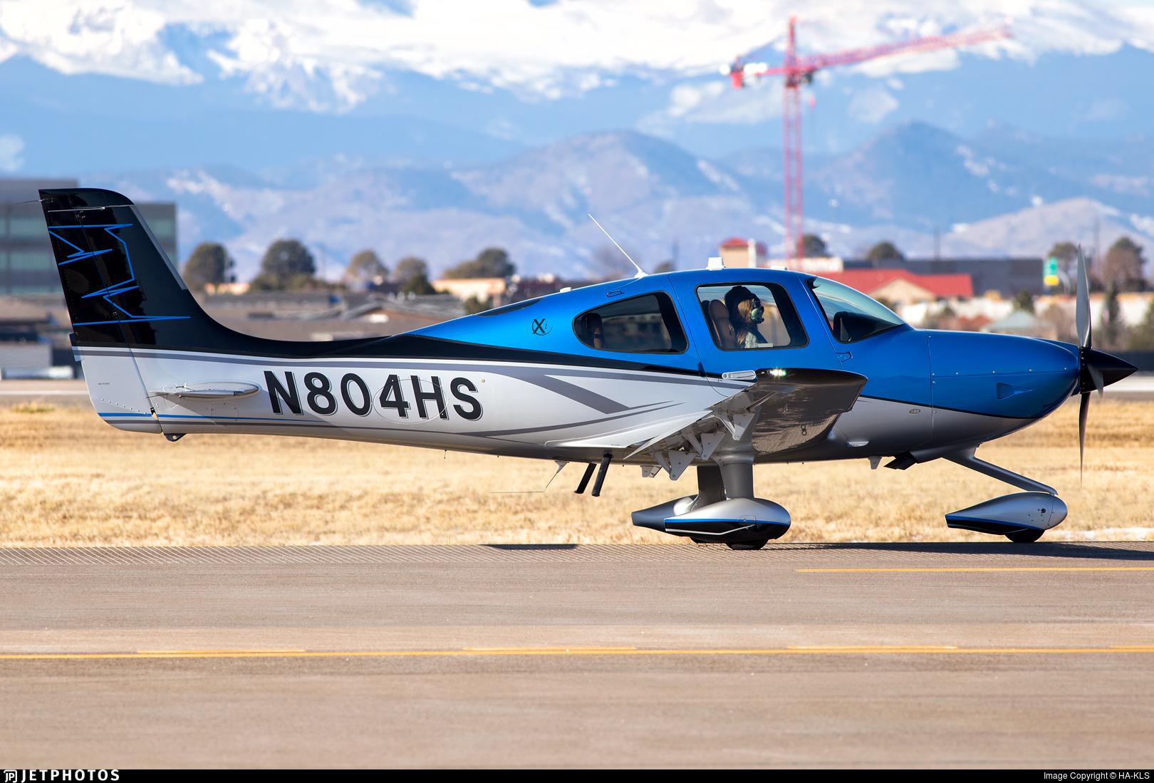 N804HS - Cirrus SR22T-Xi - Private