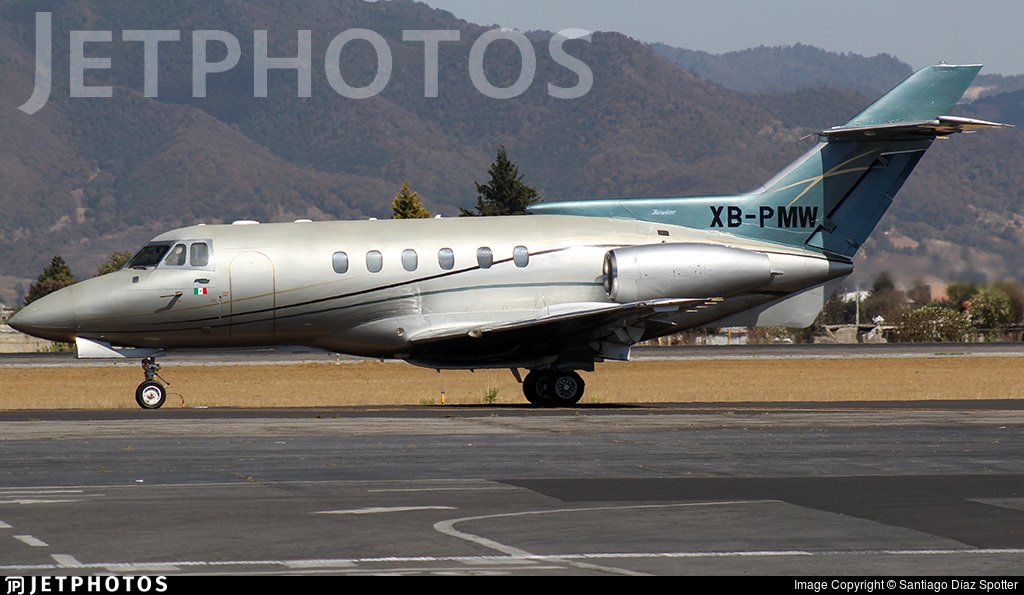 XB-PMW - Hawker Beechcraft 800XP - Private