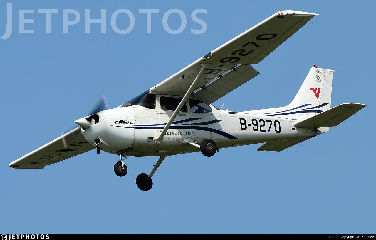 B-9270 - Cessna 172R Skyhawk - Civil Aviation Flight University of China
