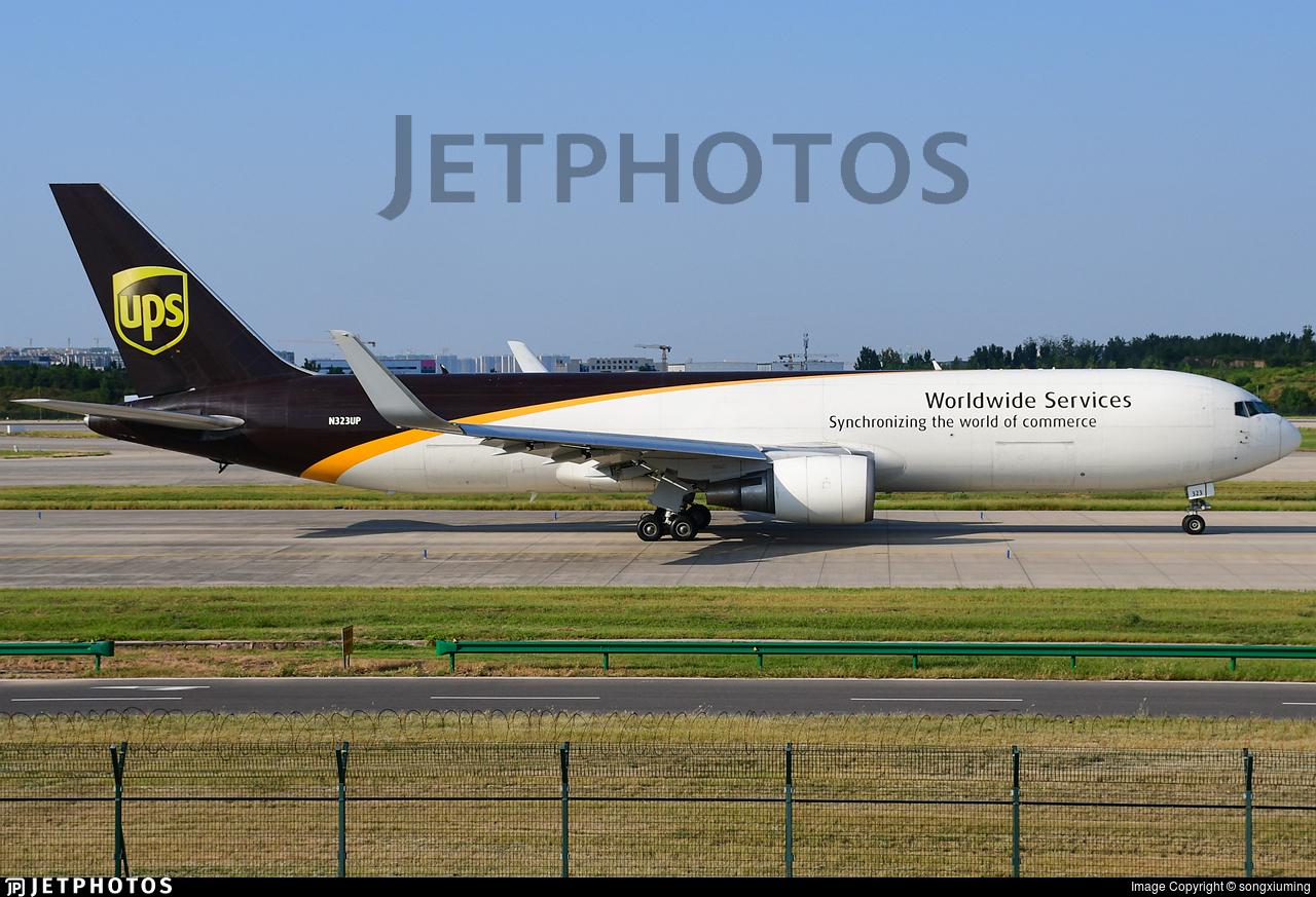 N323UP - Boeing 767-34AF(ER) - United Parcel Service (UPS)
